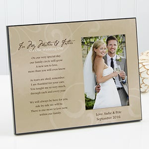 Find Heartfelt Personalized Wedding Gifts For The Pas Of Bride And Groom
