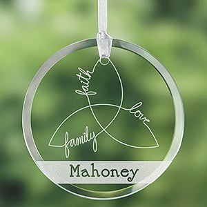 Personalized Irish Family Suncatcher - Irish Triple Knot - 14057