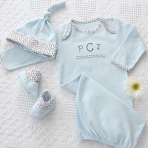 Newborn  Baby Clothes on Personalized Baby Clothes Gift Set   Newborn Boy   7065