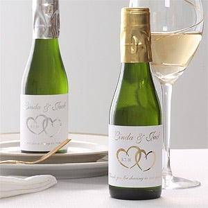 Personalized Wine Bottle Wedding Favors - Heart Design - Wedding Gifts