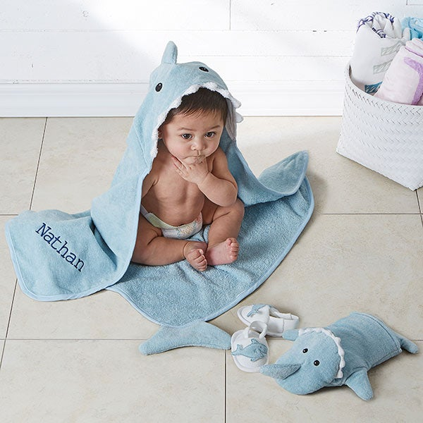Shark Baby Bath Set - with Embroidered Name - 18631