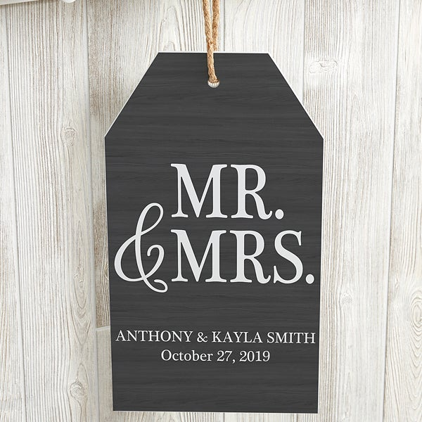Personalized Wedding Wall Tag - Mr & Mrs - 19188