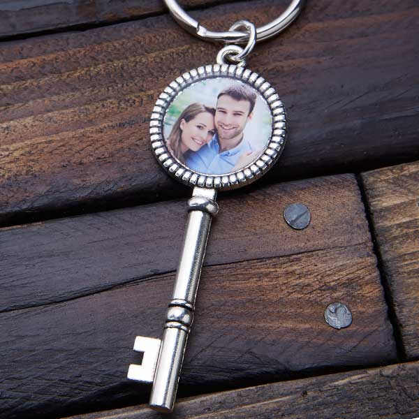 Vintage Key Personalized Photo Keychain - 20570D
