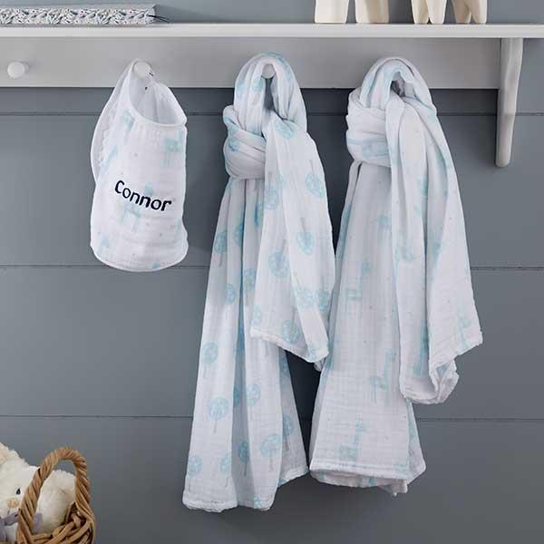 Personalized Giraffe Muslin Swaddle Blanket & Bib Set - 20905