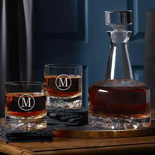 f0d555b4b86 Orrefors 3pc Engraved Whiskey Decanter Set