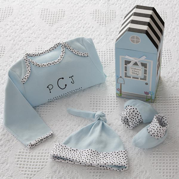 093ad3650518 Personalized Baby Clothes Gift Set - Newborn Boy
